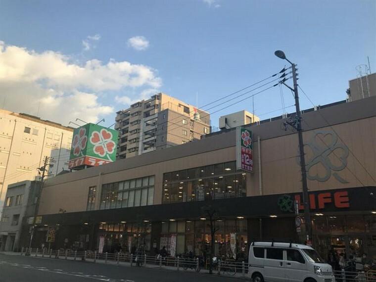 スーパー ライフ阿波座駅前店 徒歩6分。