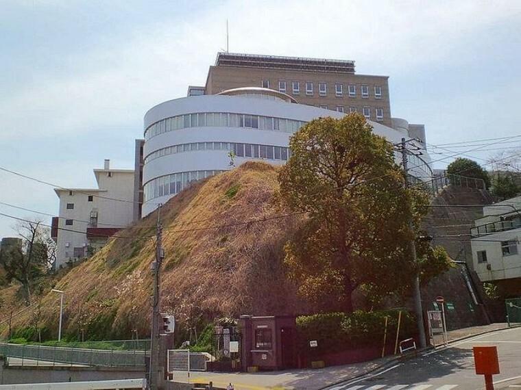 高校・高専 私立関東学院高校 徒歩11分。
