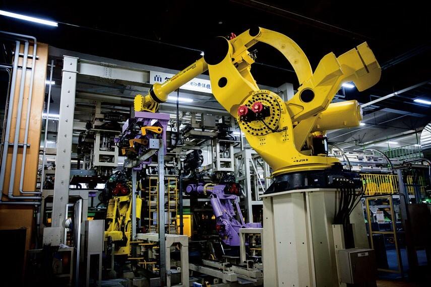 構造・工法・仕様 【工場生産】設計どおりの強さ・品質を約束する家づくり。
