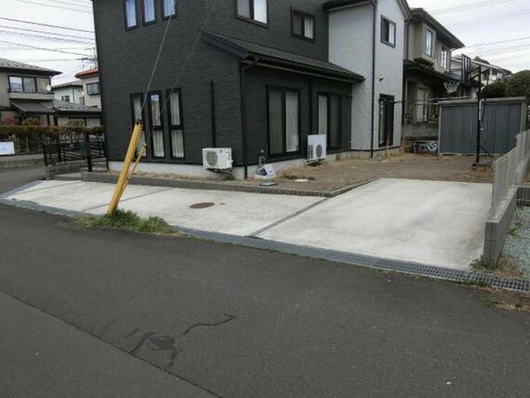 駐車場 駐車スペース3台分ございます。