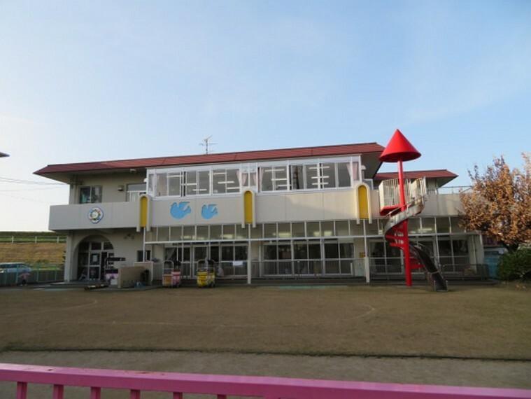 幼稚園・保育園 鏡島保育園まで徒歩約13分。(約1000m)