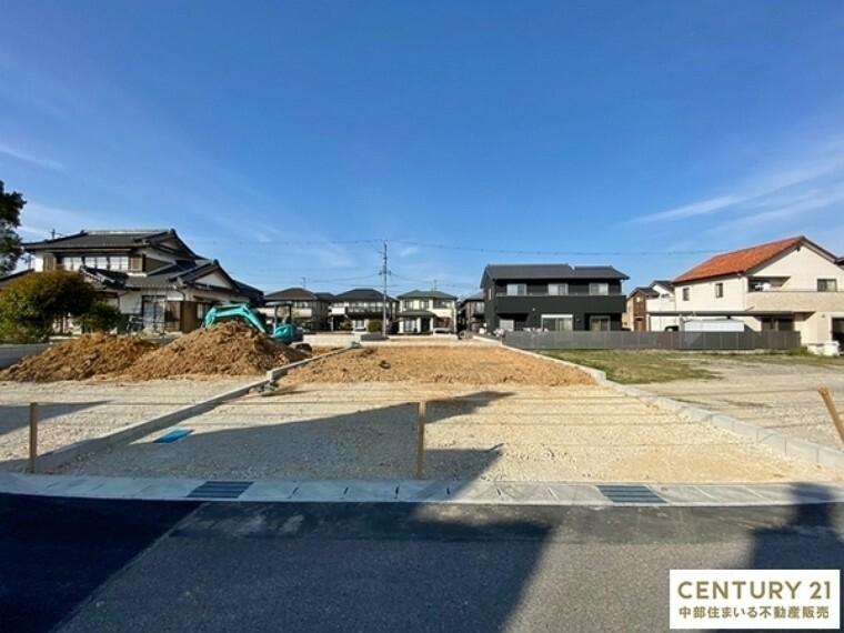 外観・現況 敷地面積159.55平米 駐車並列3台可能です