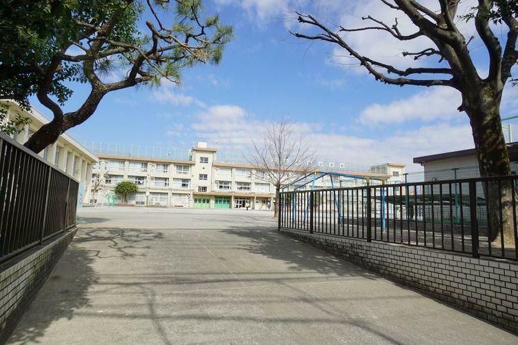小学校 練馬区立北町西小学校 徒歩8分。
