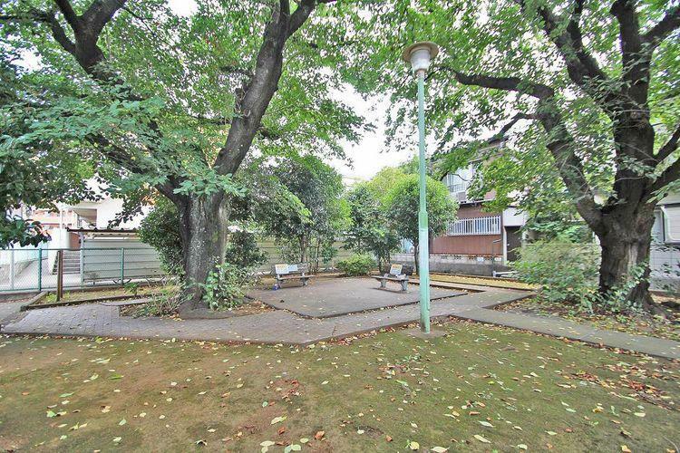 公園 南田柄緑地 徒歩9分。