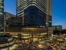 ショッピングセンター 東京ミッドタウン 徒歩15分。