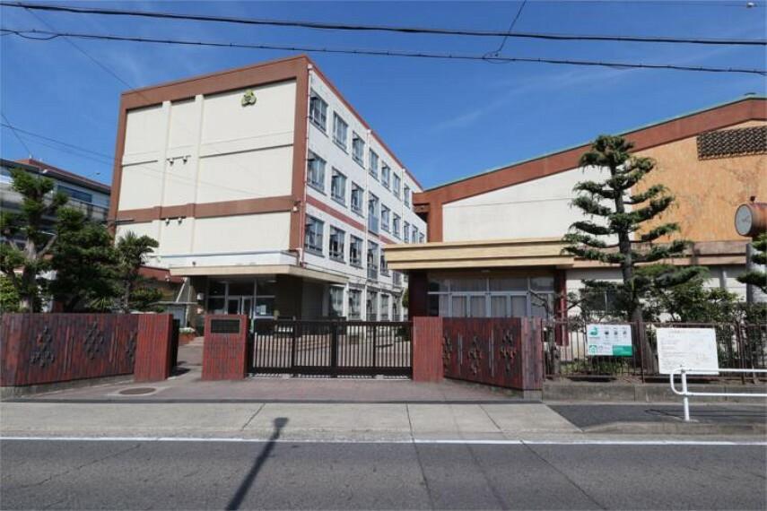 中学校 名古屋市立山田中学校