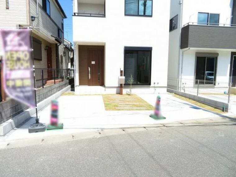 駐車場 カースペースは並列2台