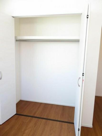 収納 各部屋に収納があり、使うところの近くに片づけられますね