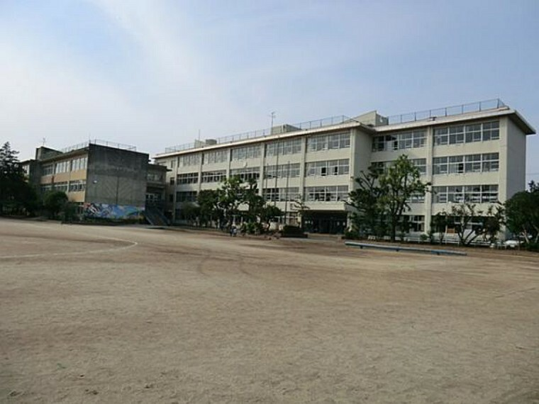 小学校 鎌ケ谷市立中部小学校