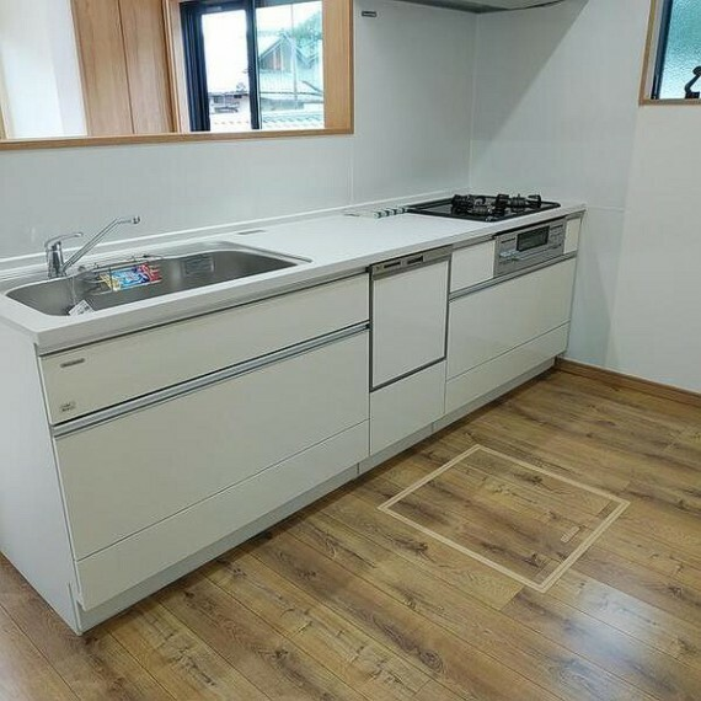 キッチン 食洗機付きのシステムキッチン