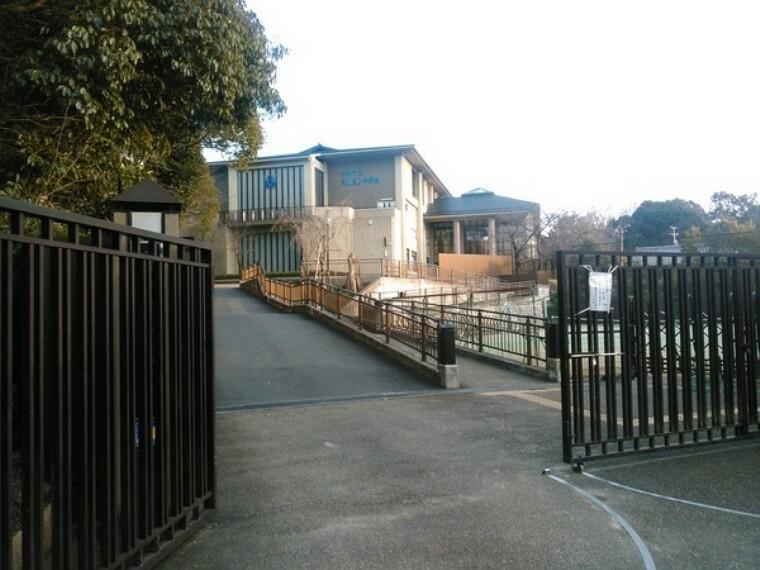 小学校 京都市立東山泉小学校(西学舎)