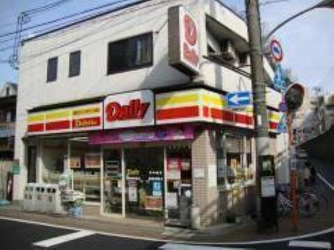 コンビニ デイリーヤマザキ東福寺駅前店