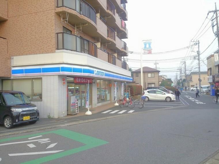 コンビニ ローソン松戸元山駅前店 徒歩約5分です。 コンビニが近く、急なお買物にも対応できます!