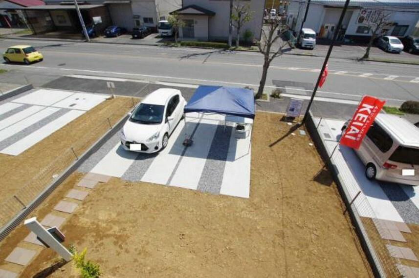 眺望 バルコニーからの庭・駐車スペース