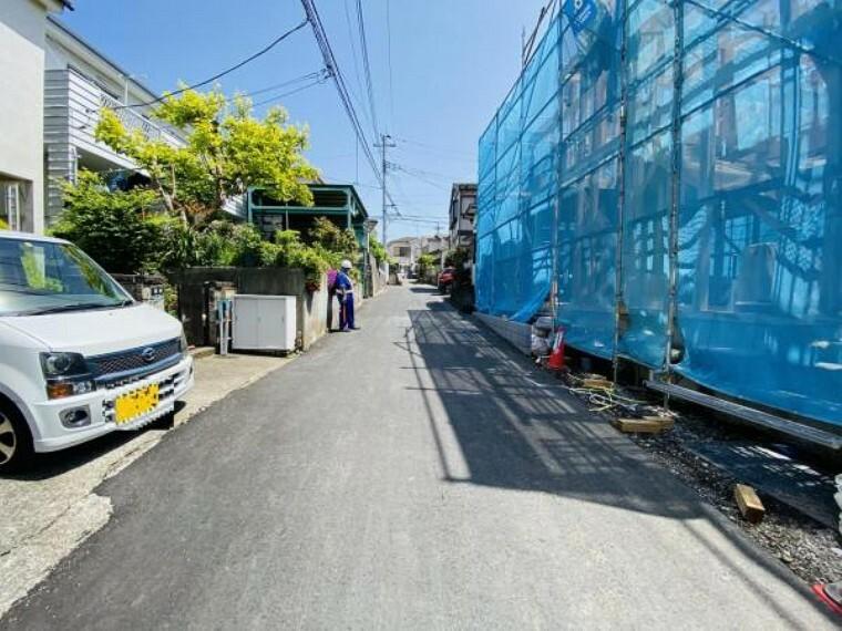 現況写真 前面道路含む現地外観(4月30日)