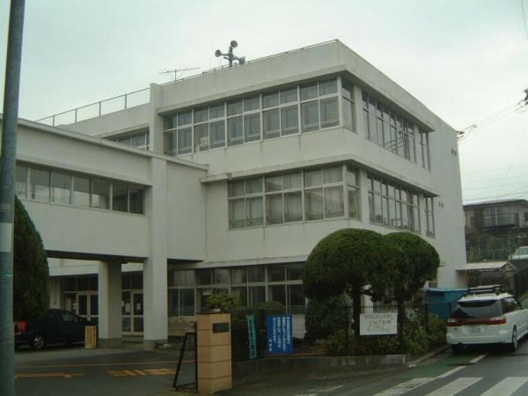 小学校 昭島市立中神小学校
