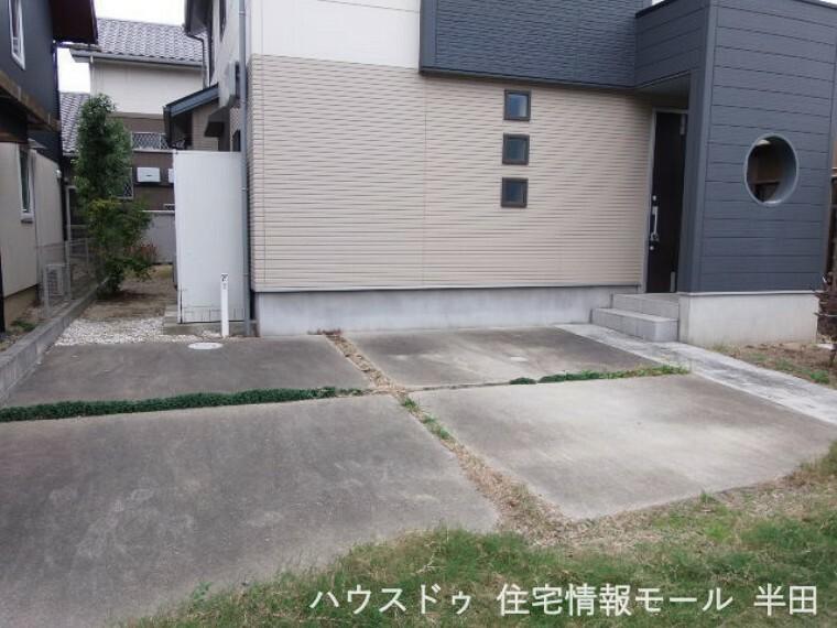 駐車場 駐車場には2台停められます。