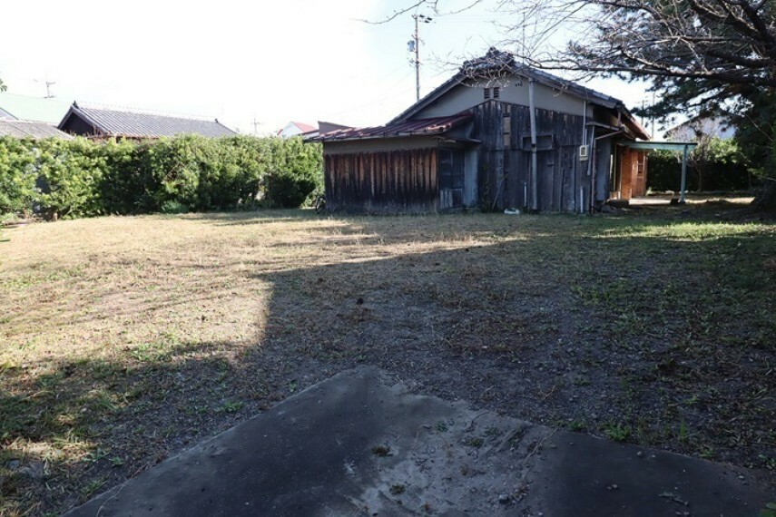 現況写真 知多市新舞子東町2丁目 売土地   ※西側から撮影しています
