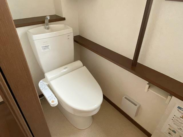 トイレ 1階