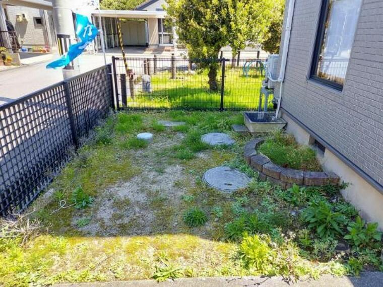 庭 【リフォーム中】お庭です。浄化槽を撤去して、公共下水との接続を行います。