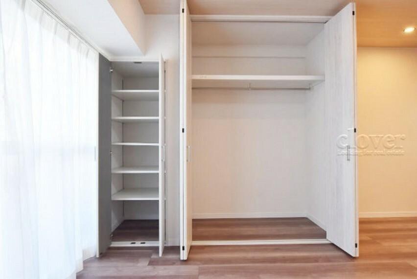 収納 クローゼット 可動式の棚
