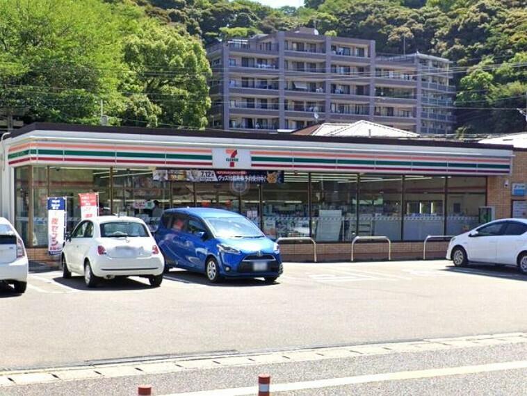 コンビニ 【コンビニエンスストア】セブンイレブン福岡愛宕2丁目店まで836m