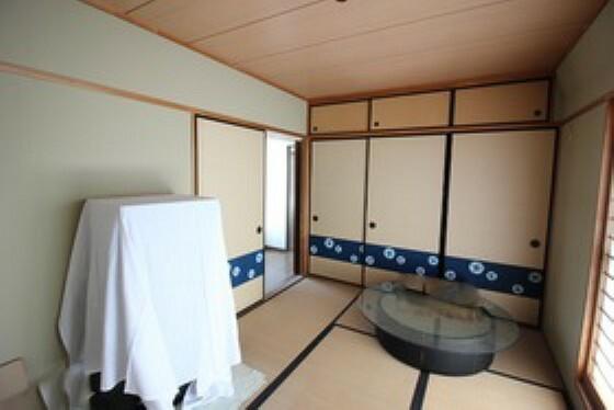 和室 6畳和室。家事スペースや、客間としてもおススメです