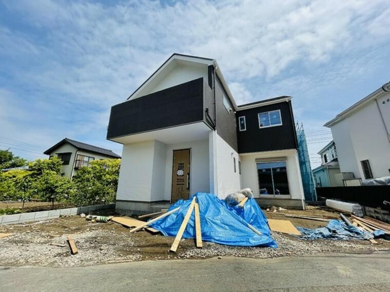 現況外観写真 開放的な新築戸建です。