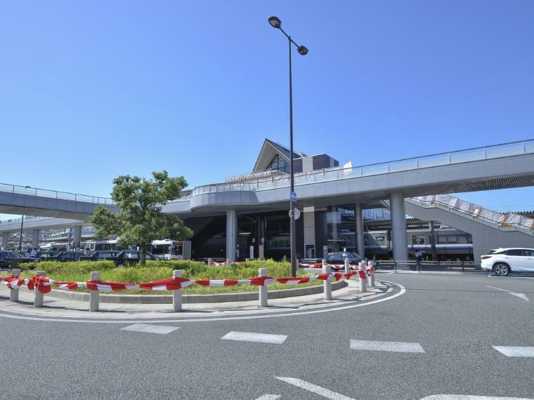 JR阪和線「和泉府中駅」