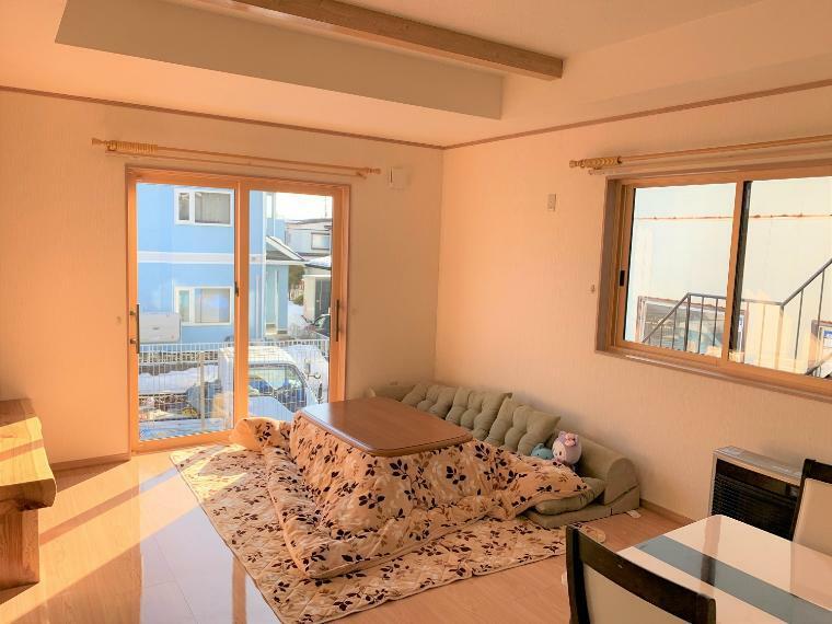 居間・リビング 18帖と広めのLDKで日当たりも良く、風通しも良い過ごしやすいリビングです。