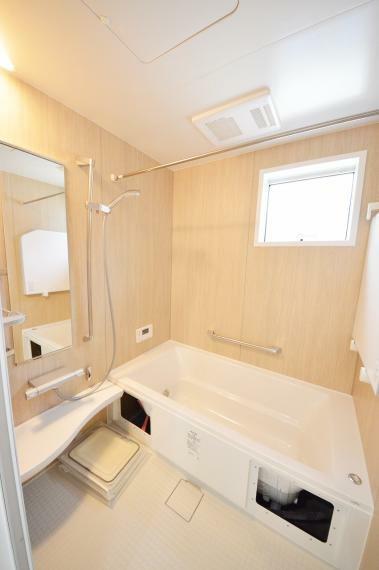 浴室乾燥機機能付き1坪タイプの浴室