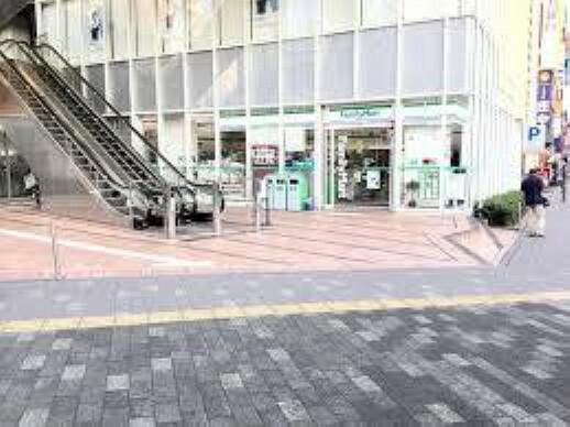 コンビニ 【コンビニエンスストア】ファミリーマート湘南台一丁目店まで210m