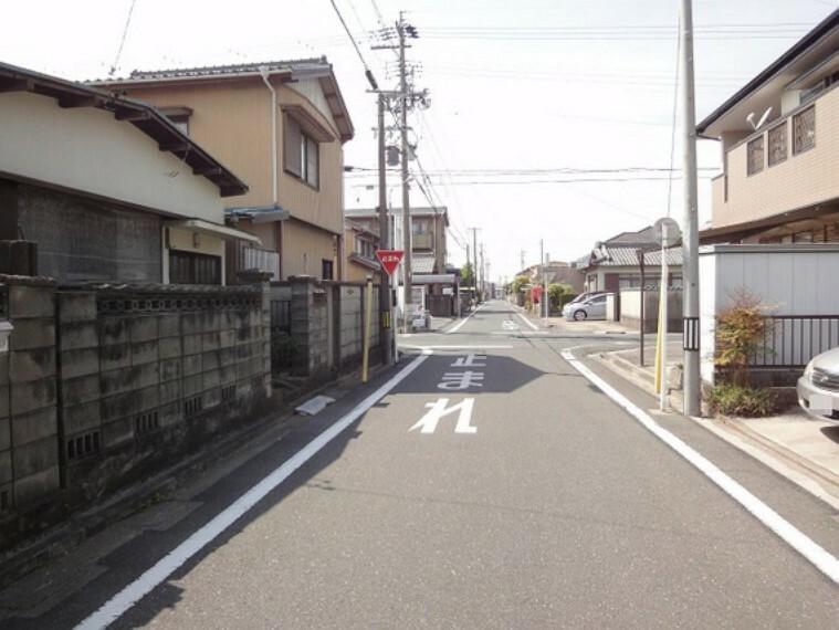 現況写真 井原駅から徒歩5分の立地で快適な生活を実感可能。