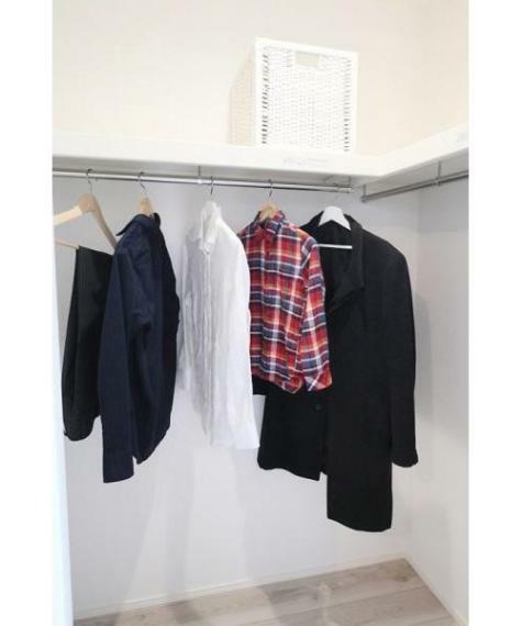 同仕様写真(内観) ■季節ごとの洋服もスッキリ収納でききるWIC!施工例