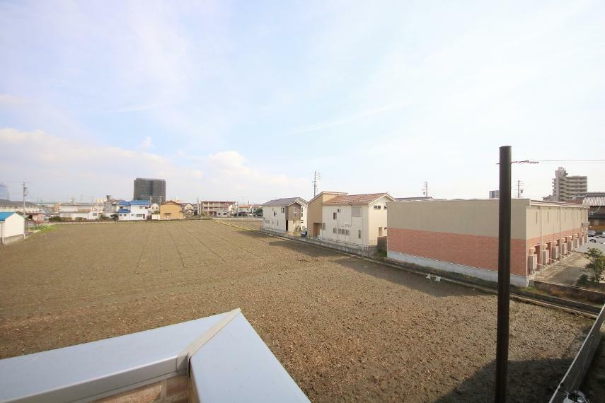 安心R住宅 バルコニーからの眺望です