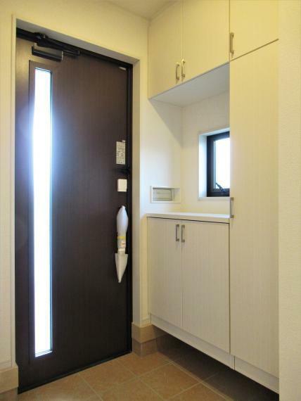 玄関 【4号棟】玄関電子鍵(電池式)・断熱玄関ドア