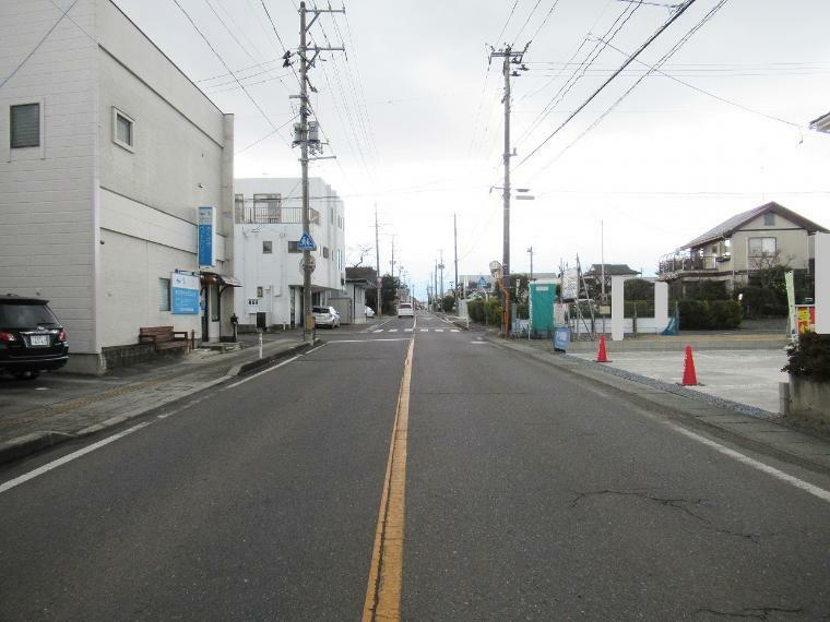 現況写真 【前面道路】南側幅員約10.5m公道