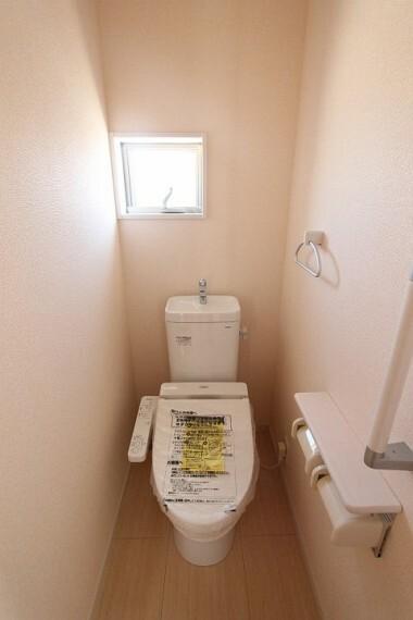 トイレ 【施工例】2階トイレ