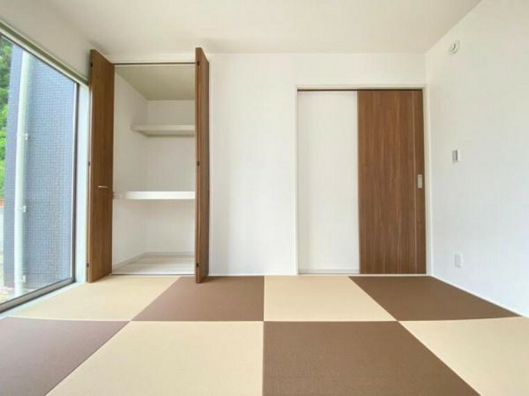 和室 (和室)洋室との相性も良い洋風和室!お子様のプレイスペースにもおすすめです^^