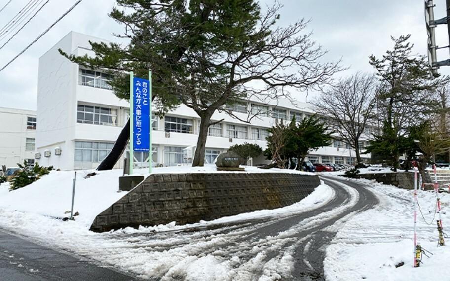 大潟町小学校