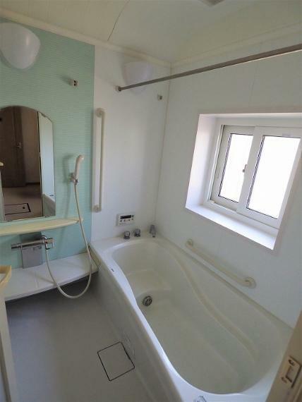 浴室 浴室暖房乾燥機付きの1.25坪タイプ