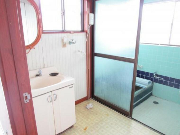 洗面化粧台 【リフォーム中】洗面脱衣場には洗面台を新設します。
