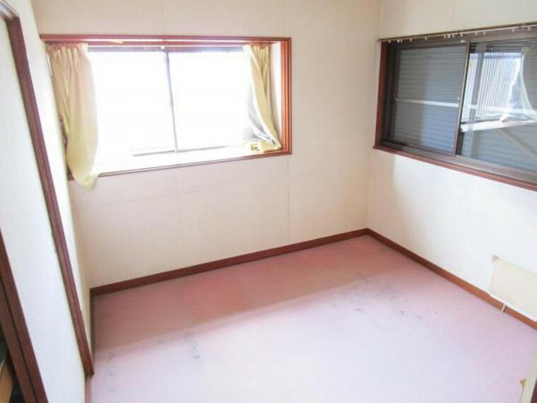 【リフォーム中】2階4.5帖の洋室はフローリング、クロスの張替え、建具の新設を行います。