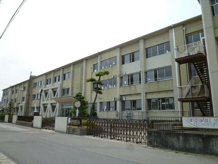 小学校 稲沢市立法立小学校