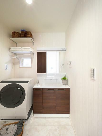 完成予想図(内観) 広くて使いやすい洗面室はお子様とのお風呂の準備も快適に行えます!【施工例】