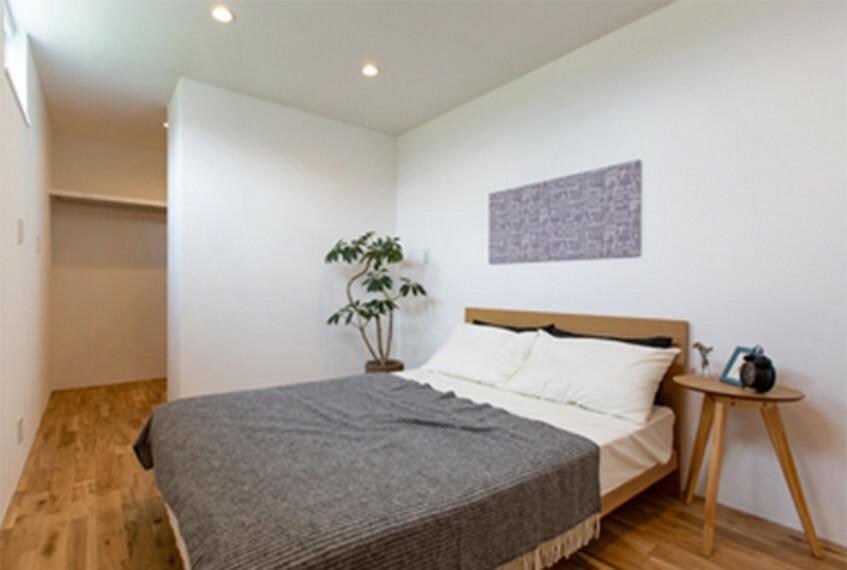 寝室 広々クローゼットで収納たっぷり!お部屋がすっきりします