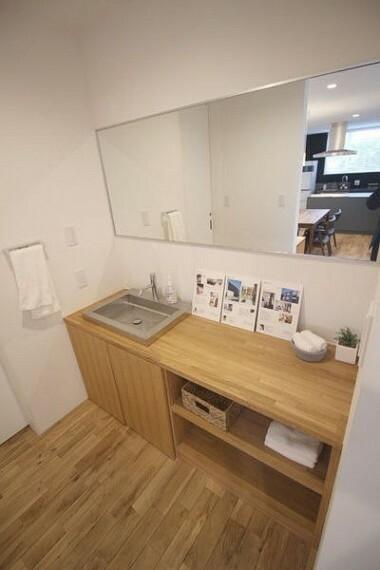 洗面化粧台 2Fパウダールーム