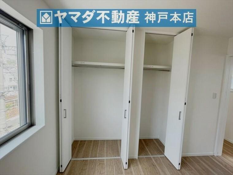 収納 3階洋室 約6.1帖。収納付いています。