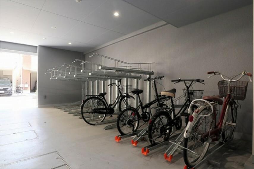 駐輪場 生活音が響きにくい「二重床」、一部界壁には「耐火遮断音壁」を採用