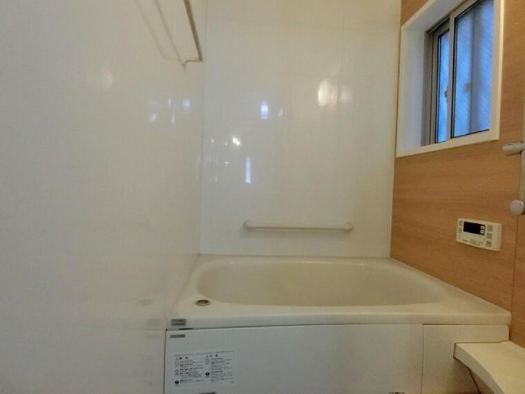 浴室 浴室暖房乾燥機もついてますよ!